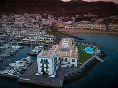Puerto de Mogan sunset