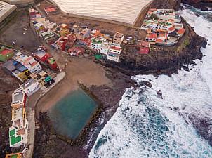 Dos Roques natural swimming pool Gran Canaria