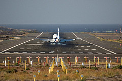 Airplane arriving at Gran Canaria Airport