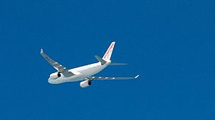 Leaving airplane