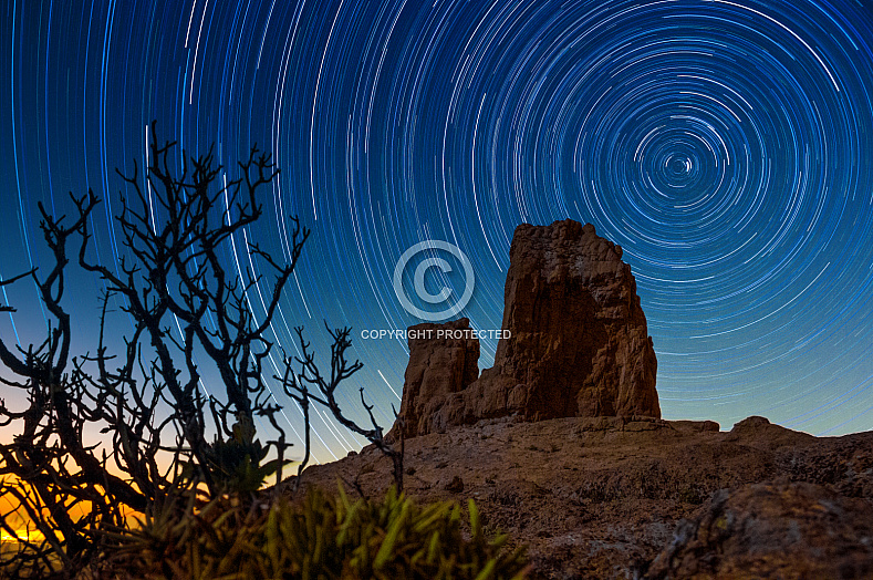 Star Trail and Roque Nublo