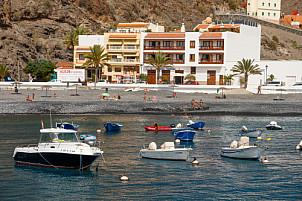 Playa y Puerto de Santiago