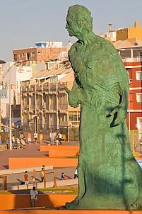 Alfredo Kraus Statue