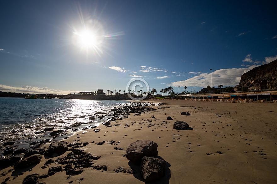 Covid-19 Coronavirus Empty beaches