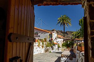 El Sitio de Abajo - Santa Lucía